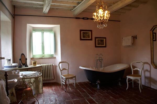 Bad oben Villa Mancini