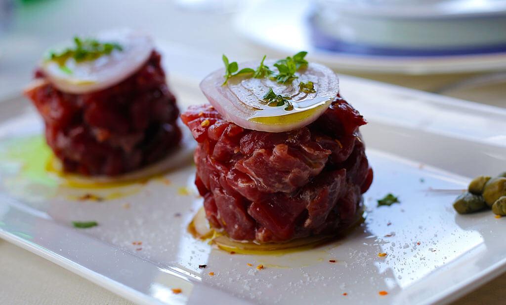 Köstliches Thunfisch Carpaccio im La Rada © Siegbert Mattheis
