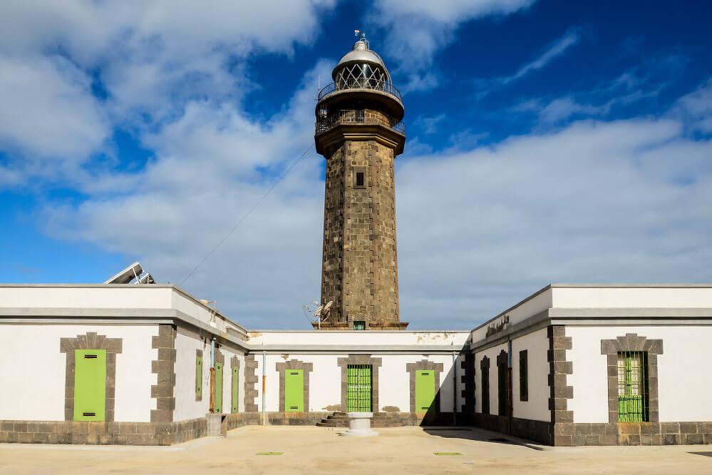 das Bild zeigt das ehemalige Ende der Welt, den Leuchtturm Orchilla