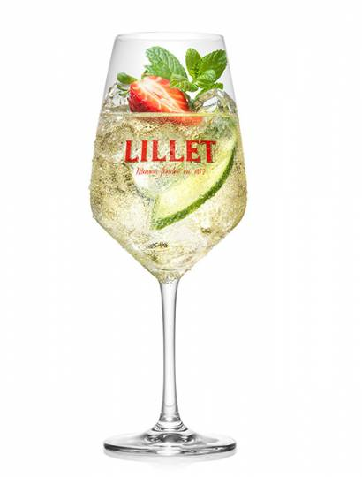 Lillet Vive mit Tonic und Gurkenscheibe © Pernod Ricard