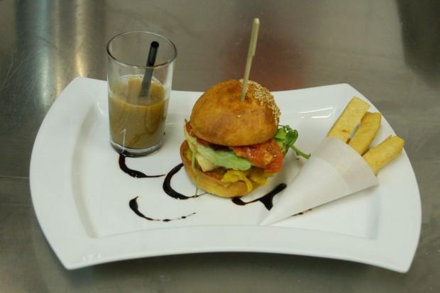 Hamburger Bouillabaisse © L'Aromat OTCM