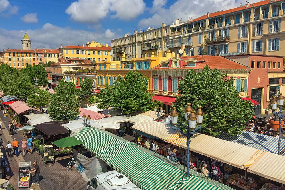 Blumen- und Gemüsemarkt am Cours Saleya in Nizza © Siegbert Mattheis