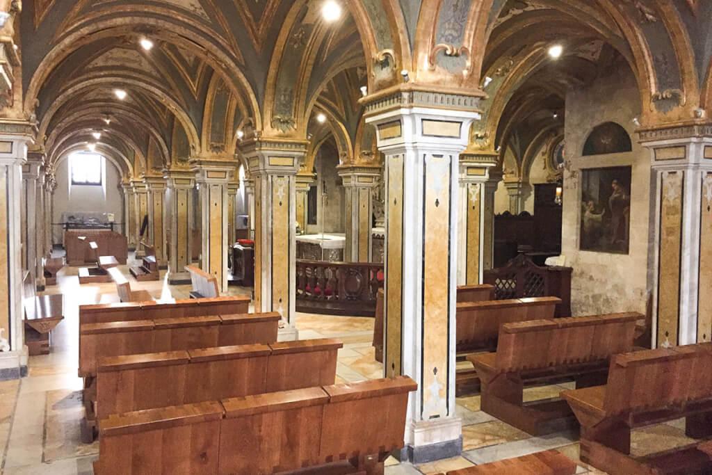 Die seit 2005 wieder geöffnete Krypta in der Kathedrale von San Sabino in Bari © Siegbert Mattheis