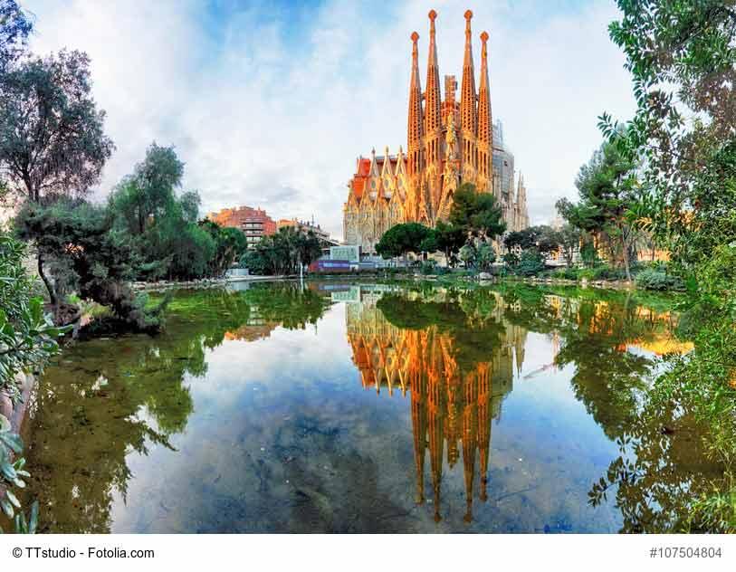 Beeindruckend auch als Fototapete: Die Kirche Sagrada in Barcelona