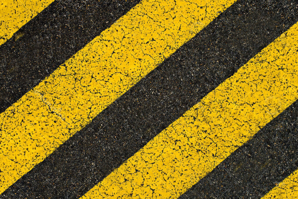 Parken in schwarz-gelben Bereichen ist absolut verboten © Siegbert Mattheis