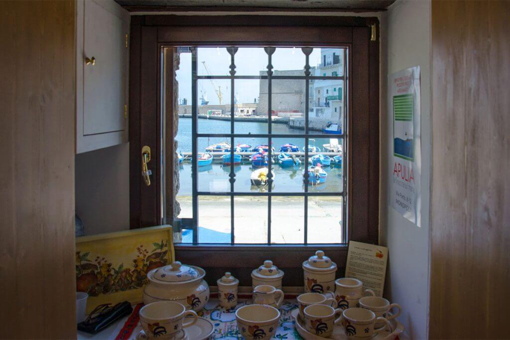 Das kleine Fenster zum Hafen © Siegbert Mattheis