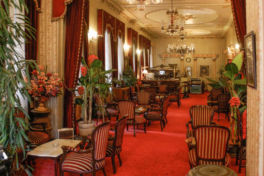 Der Loungebereich war früher der Speisesaal © Siegbert Mattheis