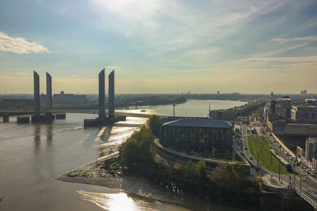 Der Blick vom Restaurant auf Bordeaux @ Siegbert Mattheis