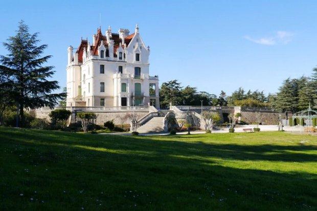Schloss-von-Valmy
