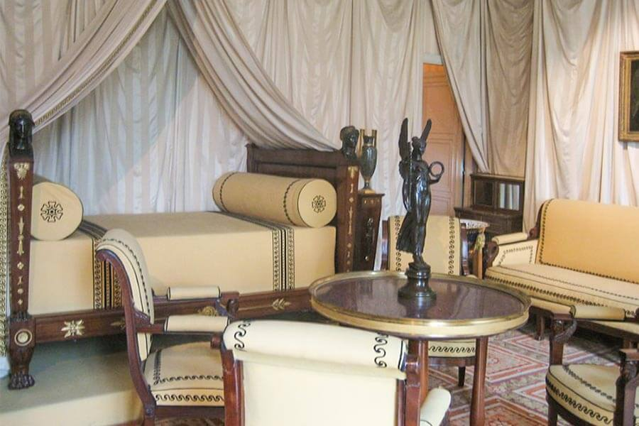 Schlafzimmer im Empire-Stil