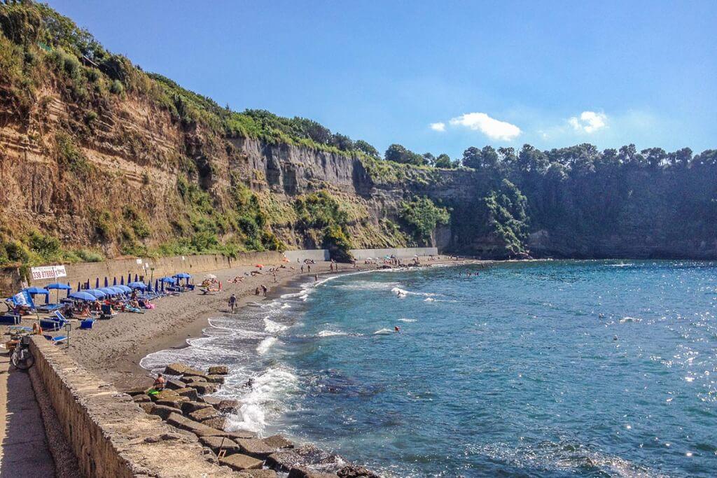 """Der romantische Strand """"Il Postino"""", benannt nach dem gleichnamigen Film © Siegbert Mattheis"""