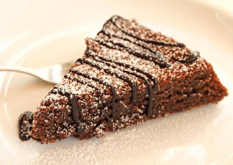 Torta Caprese mit Strega