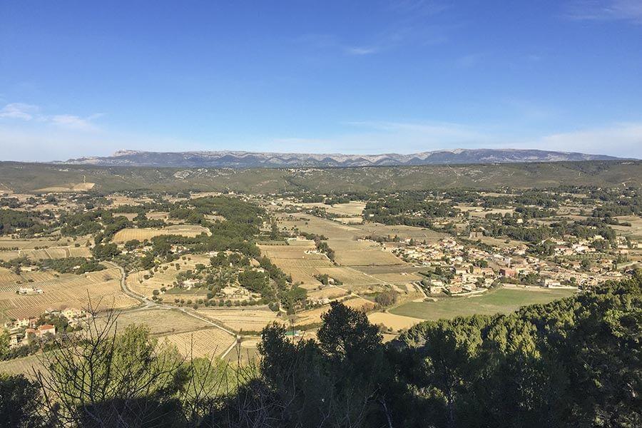 Le Castellet, Blick auf das Massif de la Sainte-Baume © Siegbert Mattheis