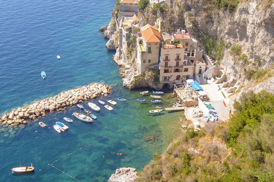 Strand Marina-Di-Conca © Wikipedia