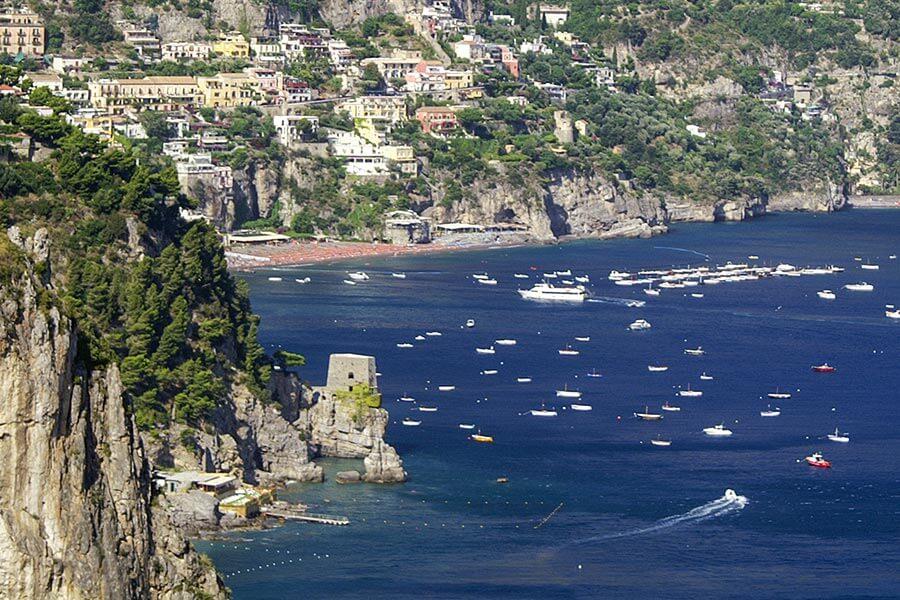 Kurz nach Positano finden sich noch weitere wunderschöne Buchten © Siegbert Mattheis