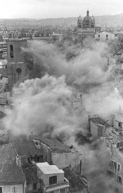 Le Panier Viertel nach der Sprengung © Wikipedia, Bundesarchiv