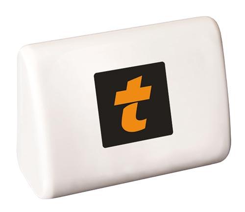 Weiße Mautbox mit orangenem t auf schwarz