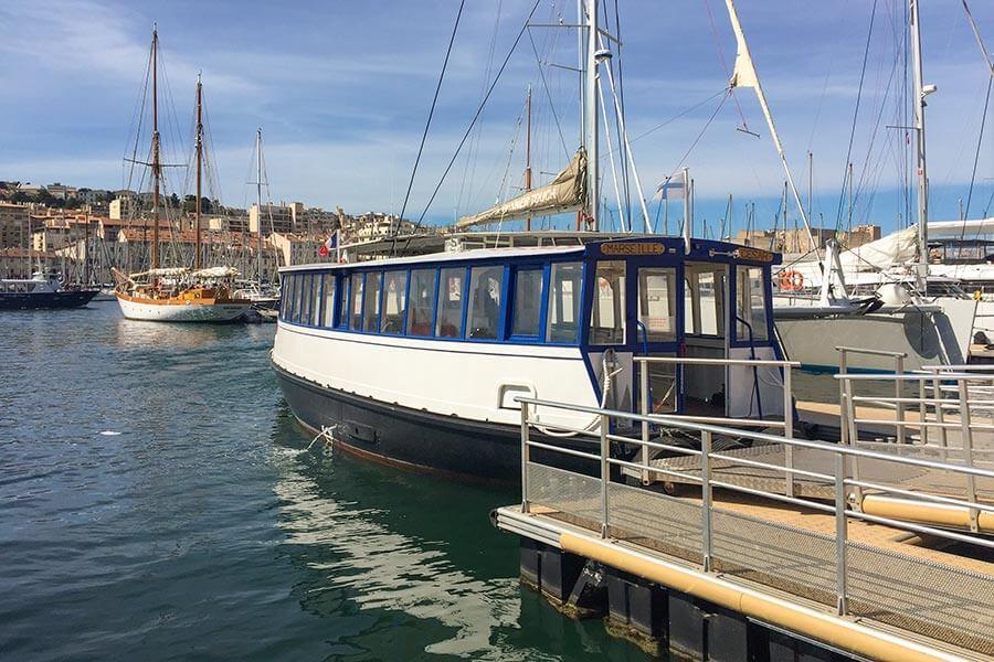 """Fähre """"Cesar"""" im Marseiller Hafen © Siegbert Mattheis"""