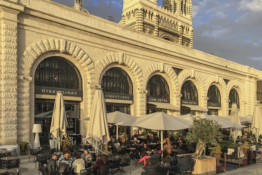 Das Restaurant Casa Pietra eignet sich gut für einen Aperó © Siegbert Mattheis