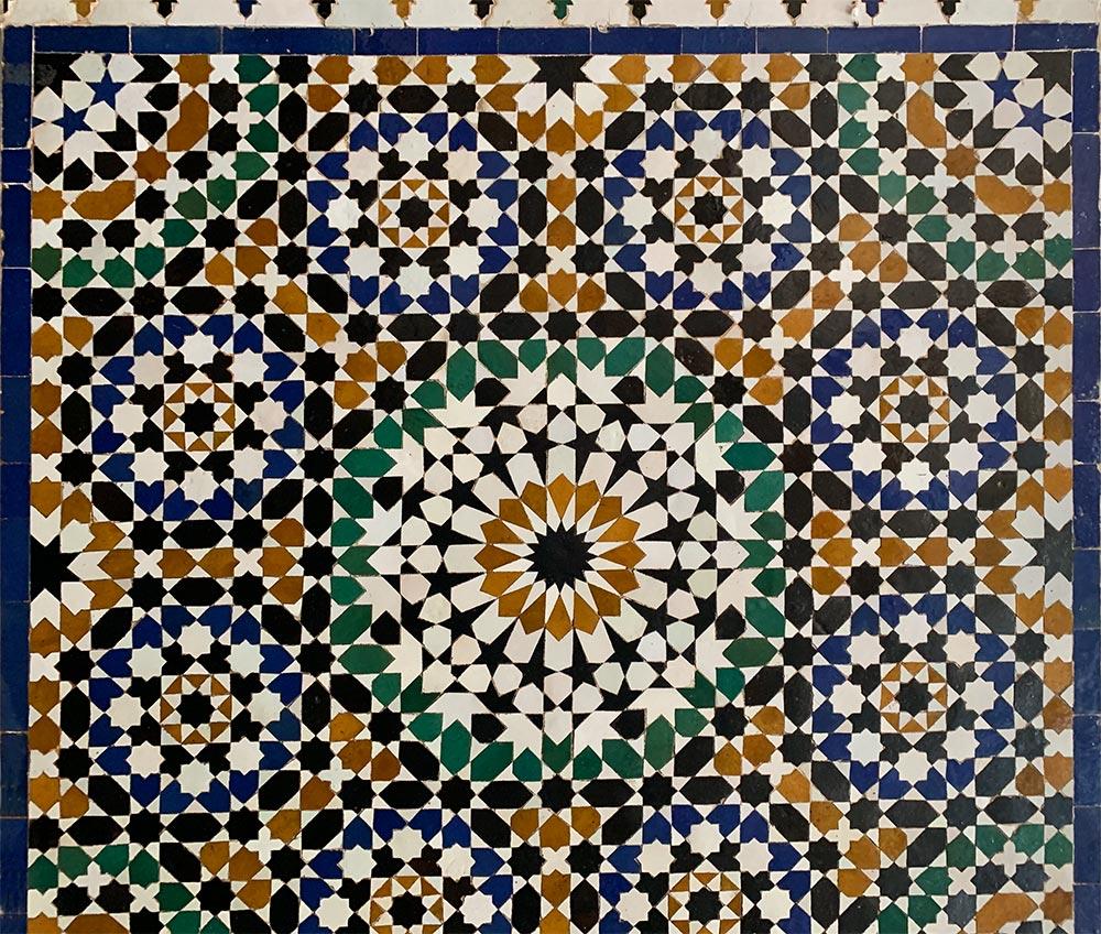 Die typischen Farben der maurischen Keramik