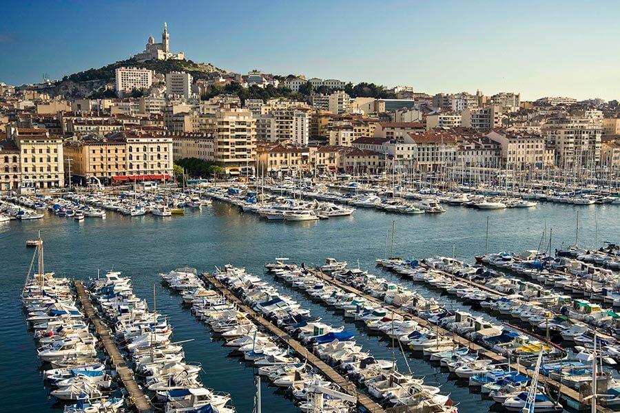 Vieux Port und Notre Dame de la Garde © Micaleff