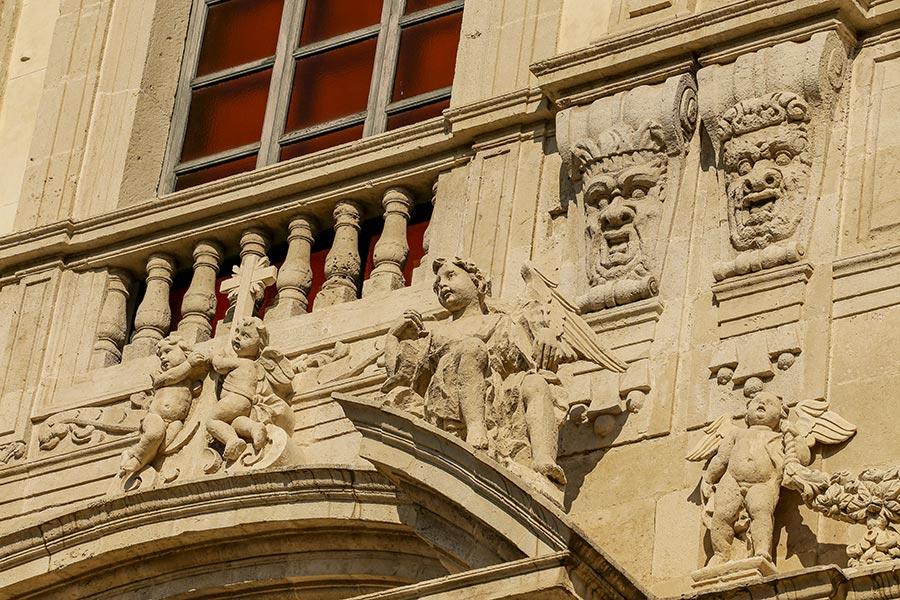 Putten und Figuren sind typisch für den Sizilianischen Barock © Siegbert Mattheis