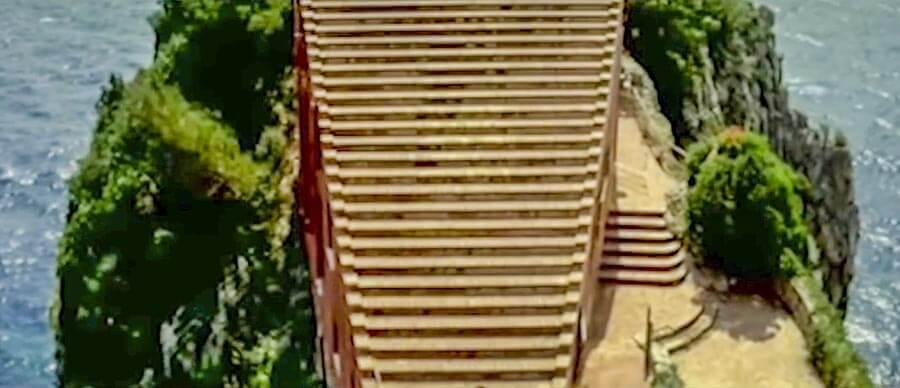 """Die gigantische Freitreppe, Ausschnitt aus dem Film """"Le Mépris"""" © Cocinor"""