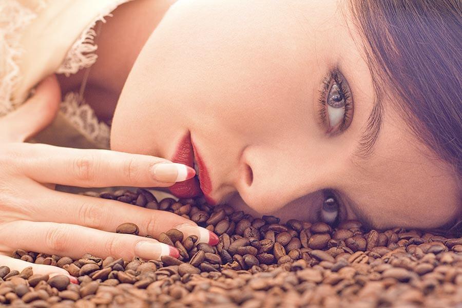 Den kurzen Augenblick eines Espressoschlucks sollte man genießen © istockphoto