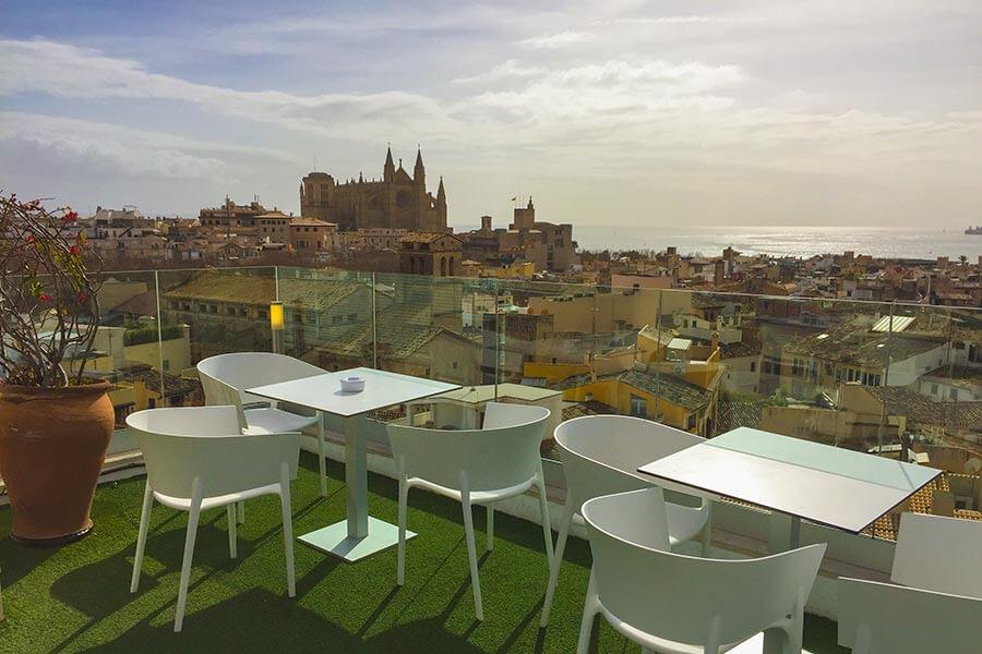 Traumhafter Blick über Palma von der Dachterrasse des Hotels Almudaina © Siegbert Mattheis