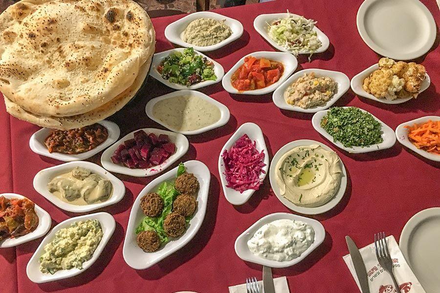 18 Appetizers bei Abu Nassar