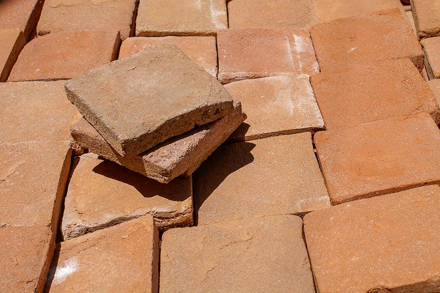 Terracotta-Fliesen aus Impruneta © Siegbert Mattheis