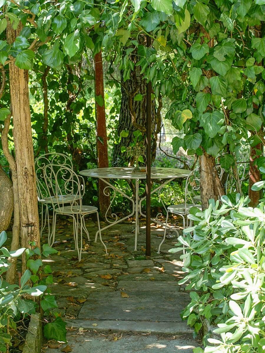 Verwunschener Garten in den italienischen Marken © Siegbert Mattheis