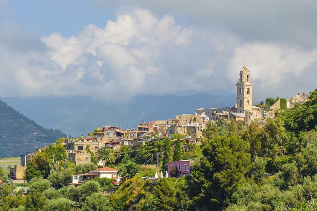 Bussana Vecchia, Blick über die Hügel © Siegbert Mattheis