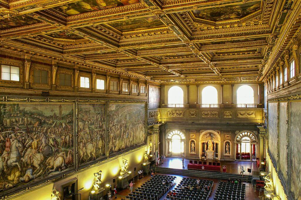 Beeindruckende Uffizien in Florenz © Siegbert Mattheis