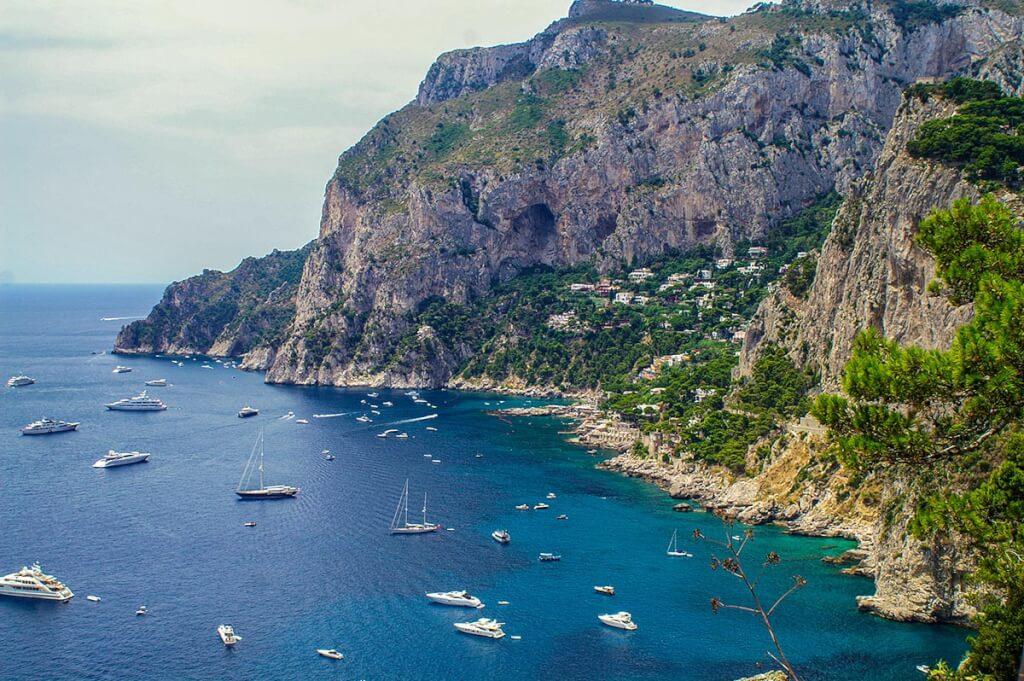 Blick vom Aussichtspunkt Tragara auf Piccola Marina © Siegbert Mattheis