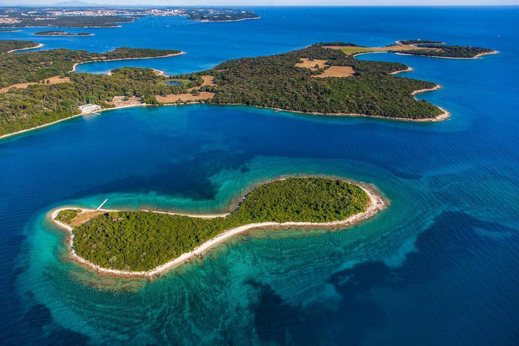 Die Brijuni-Inselgruppe von oben © Frank Heuer