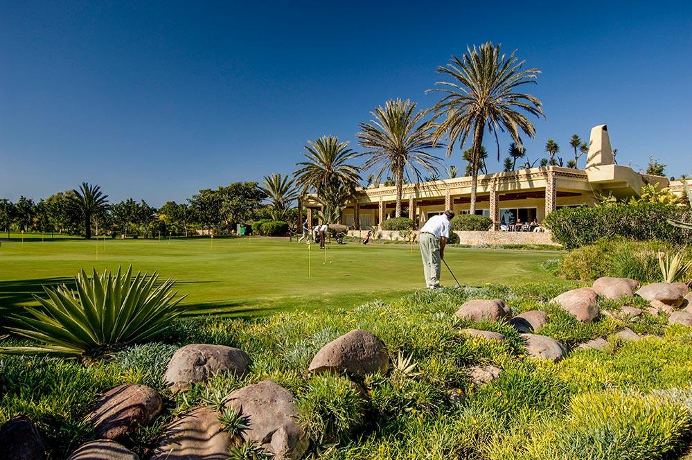 Golfen Marokko Abschalg vor Palmen