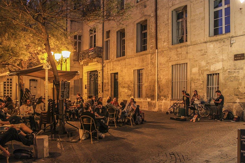 Abendmusik auf der Place du Petit Scel