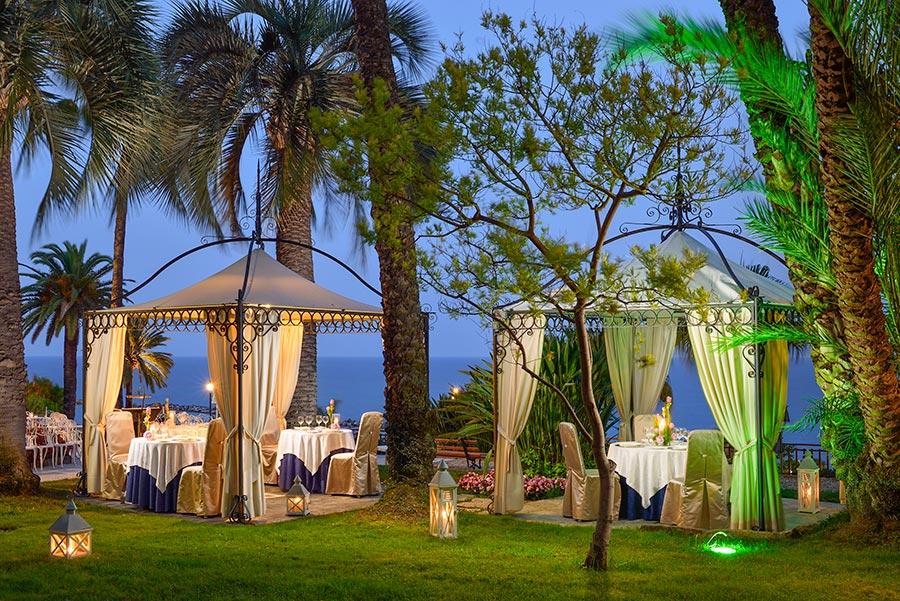 Olivenöl-Menü unterm Zeltdach verkosten © Royal Hotel Sanremo
