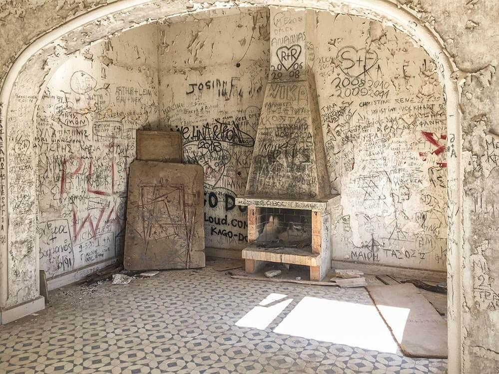 Rhodos Villa Mussolini, Hinteres Kaminzimmer © Siegbert Mattheis