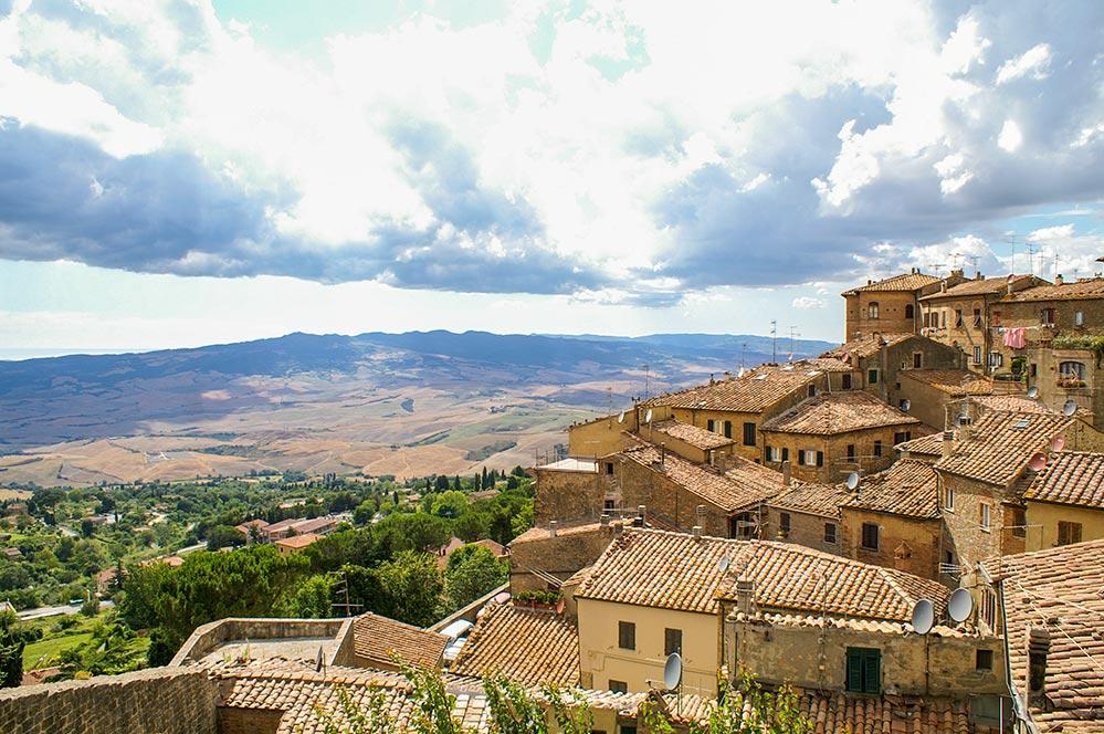 Blick von Volterra zum Meer © Siegbert Mattheis