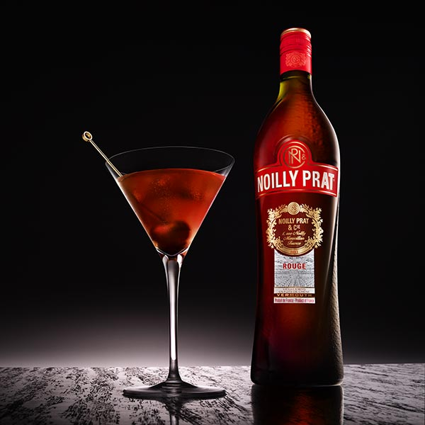 Cocktail Noilly Prat Rouge French Manhattan