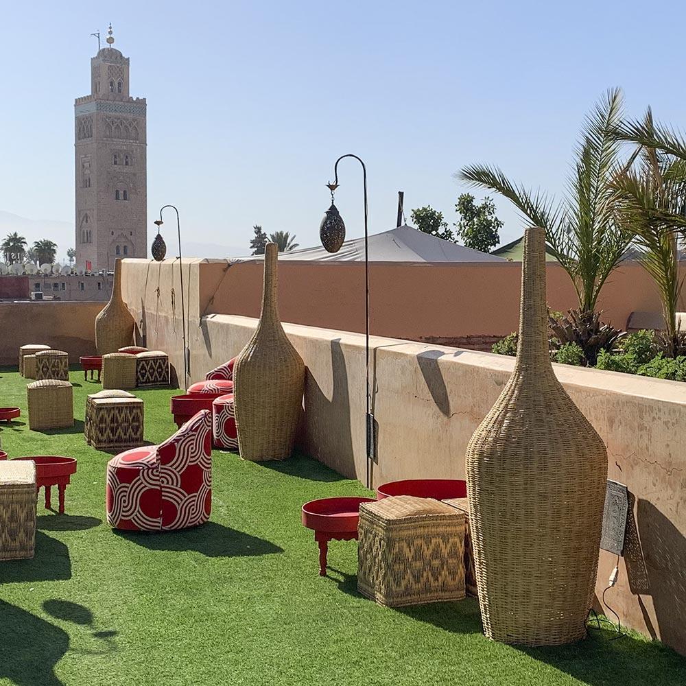 Poufs als Sitzgelegenheiten im 5-Sterne-Hotel El Fenn in Marrakech