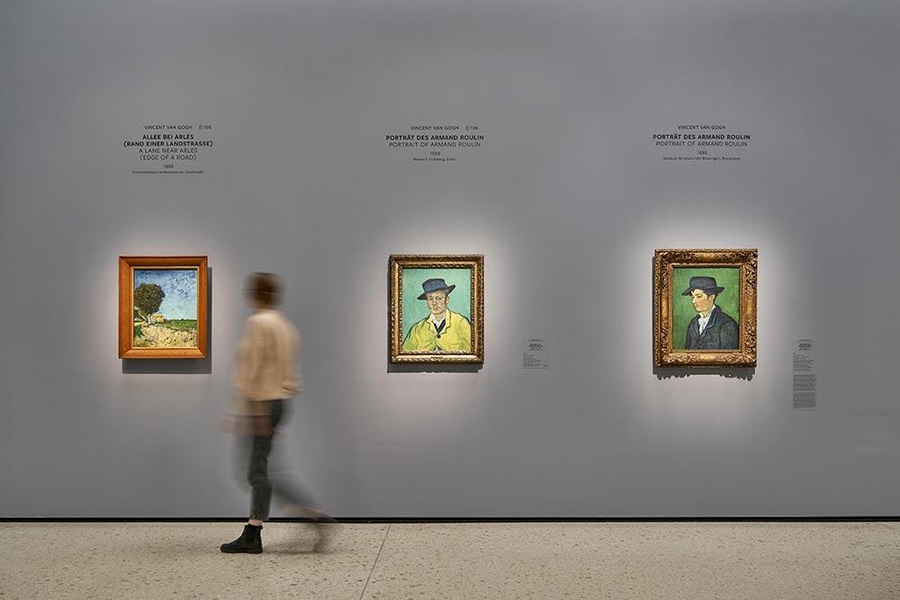3 Gemälde von van Gogh in der Ausstellung