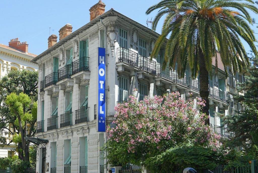 Das charmante Hotel Villa Rivoli von außen