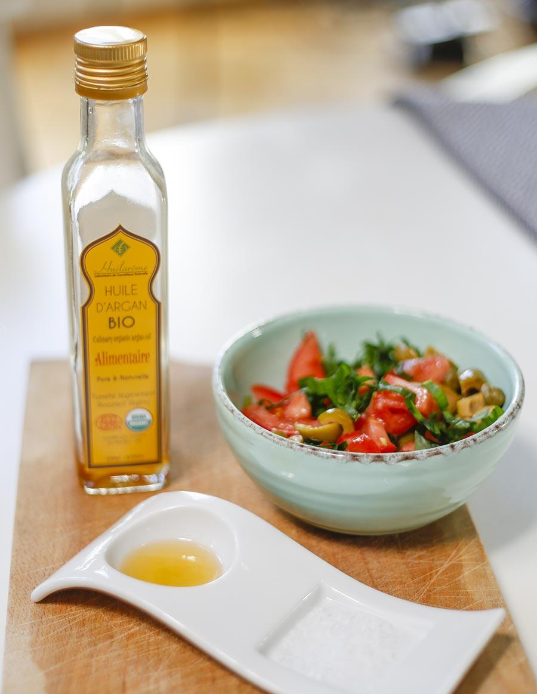 Arganöl passt mit seinem nussigen Geschmack wunderbar zu Salaten