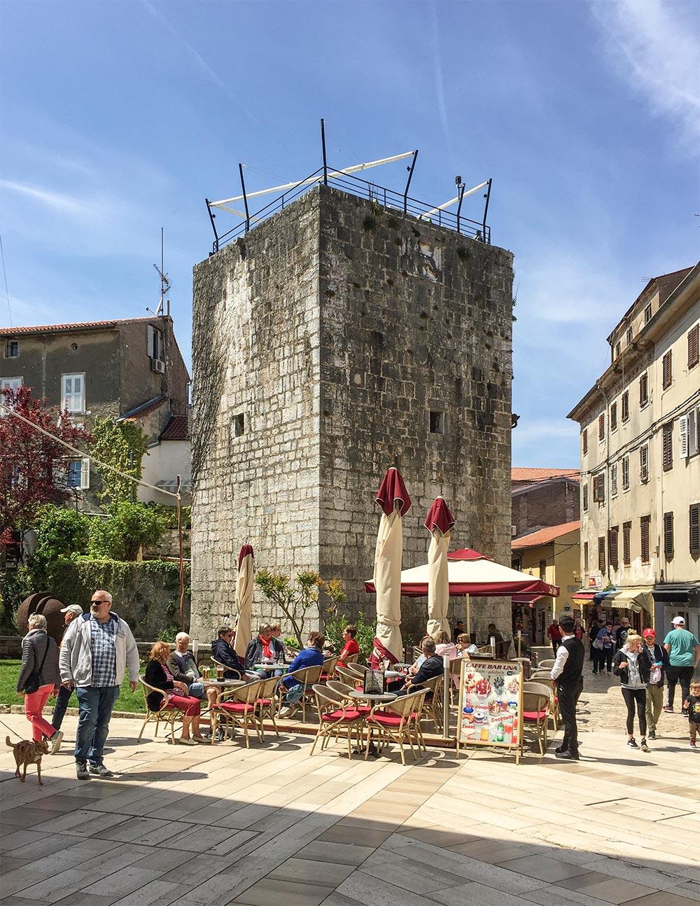 Einer der Türme der ehemaligen Stadtmauer
