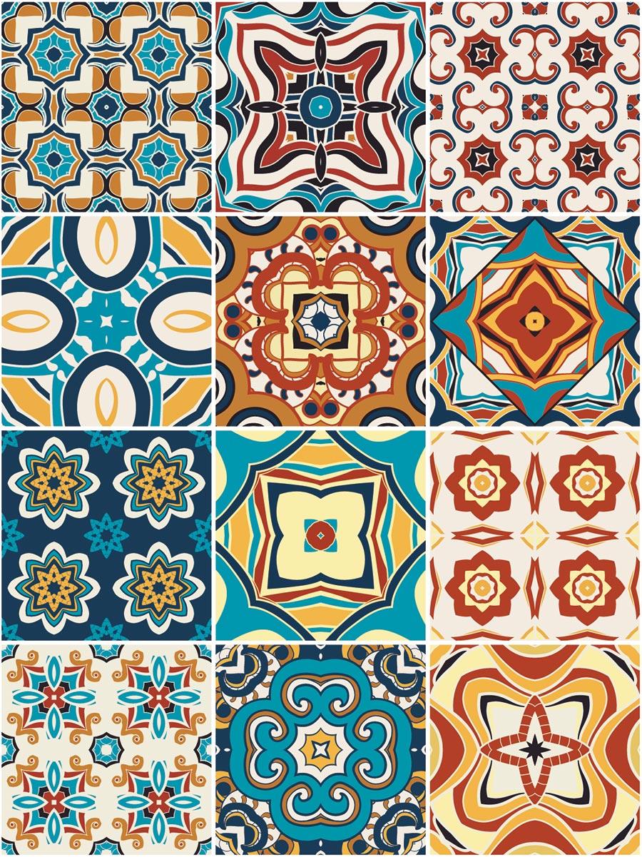 Farbige ornamentale Azulejos als Küchenfliesen © Darya, Adobe Stock