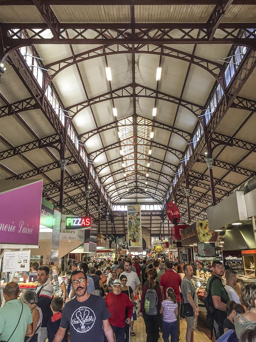 Die Markthalle innen © Siegbert Mattheis