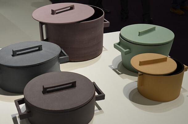 Terracotta-Töpfe in sanften Pastellfarben © Foto: Siegbert Mattheis